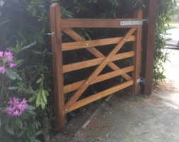 Iroko Hardwood Gates – Parkstone Golf Club
